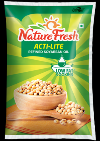Nature Fresh Soyabean Oil Pouch, 1l